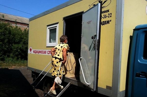 В Рассказовском районе жителей обследуют с помощью мобильного флюорографического комплекса