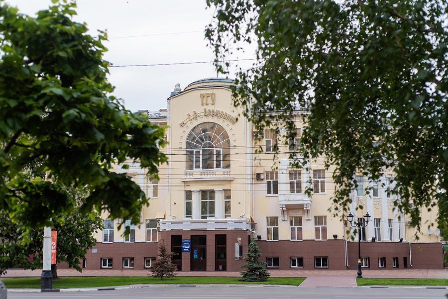 В Россию на учебу начали возвращаться иностранные студенты