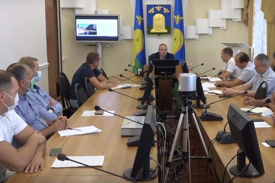 В Тамбове обсудили продолжающийся ремонт дорог и тротуаров