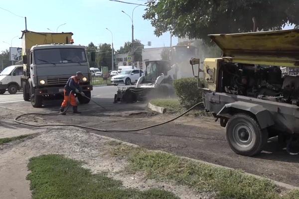 В Тамбове ремонтируют пешеходные зоны