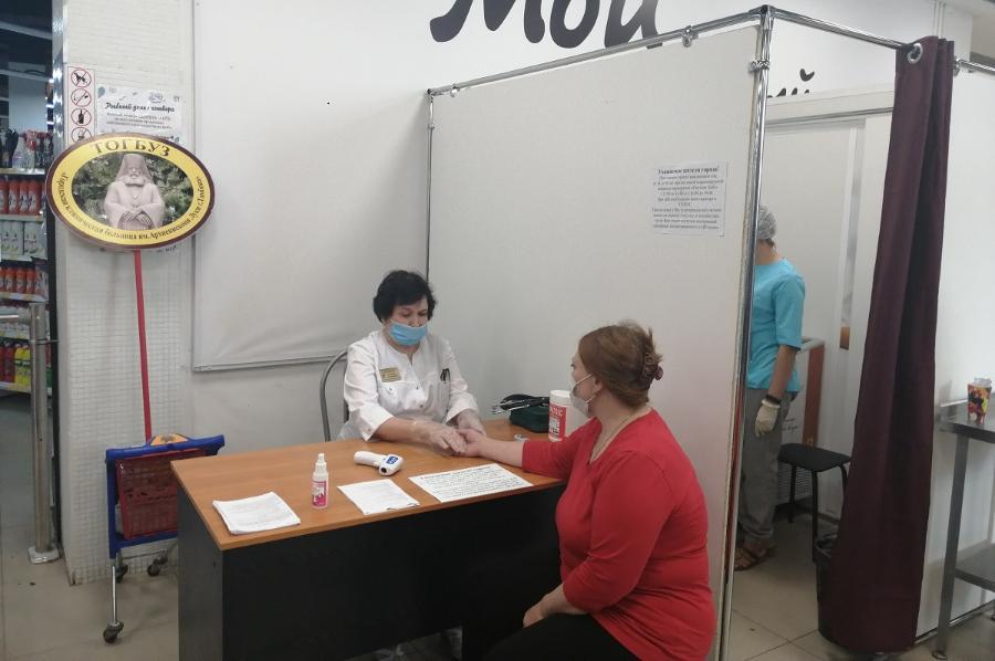 В тамбовских торговых центрах оборудовали пункты вакцинации против коронавируса