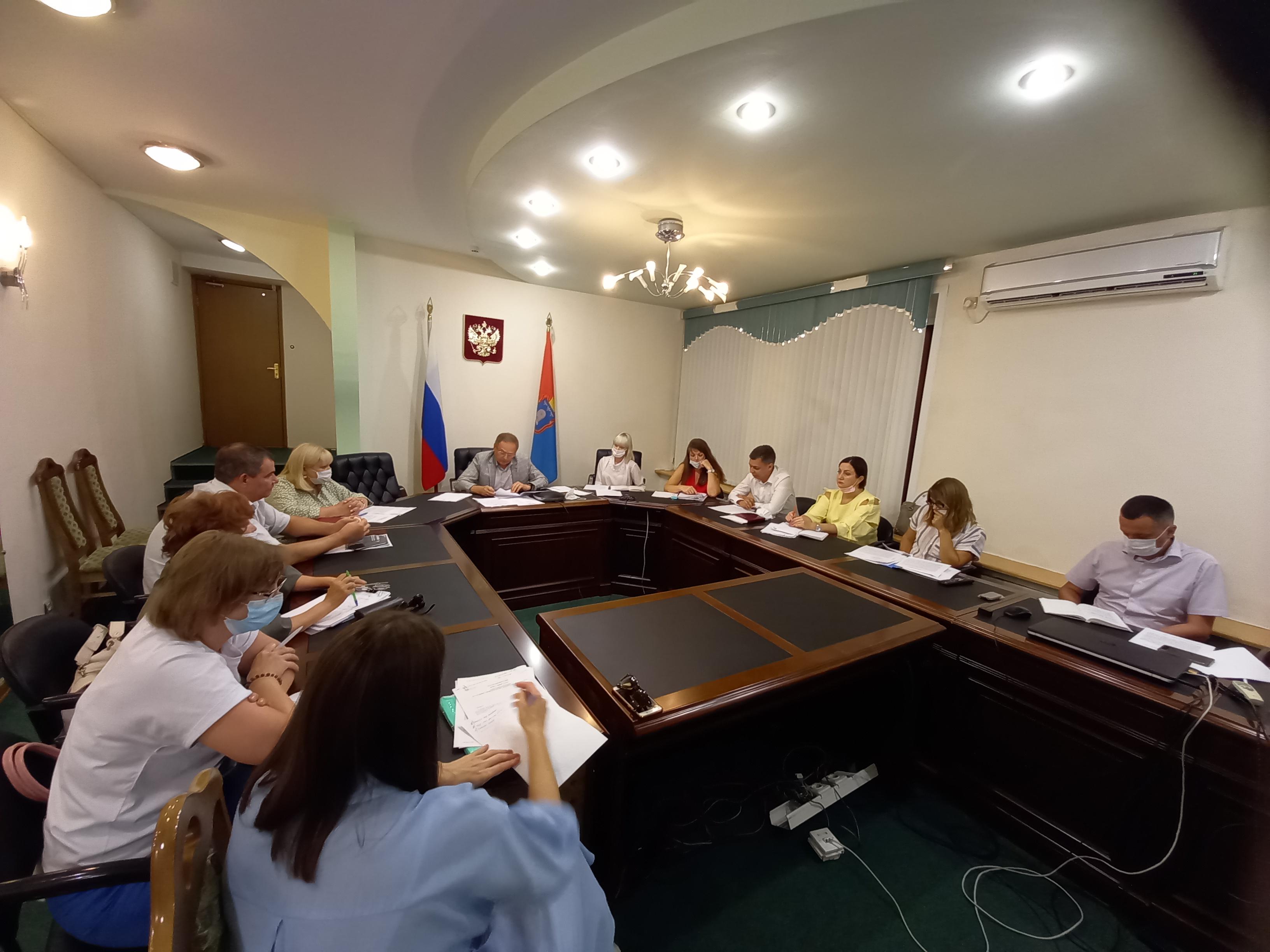 """В Тамбовской области готовятся к реализации закона о """"гаражной амнистии"""""""