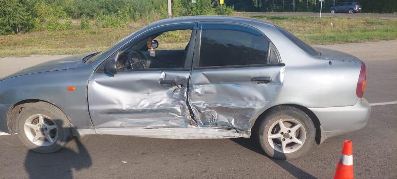 В Тамбовской области при столкновении двух автомобилей пострадала женщина-водитель