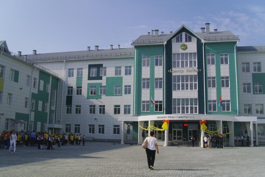 """В три школы Тамбовской области пришли на работу """"земские"""" учителя"""