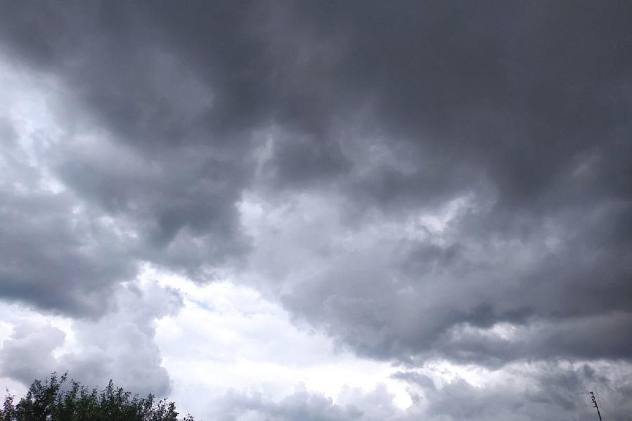 Завтра в Тамбовской области ожидаются ливни и град