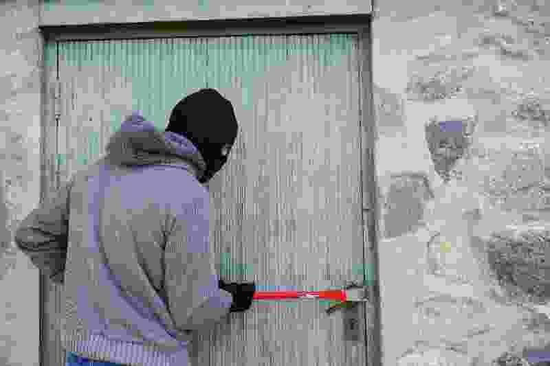 Житель Моршанска обокрал соседа-пенсионера