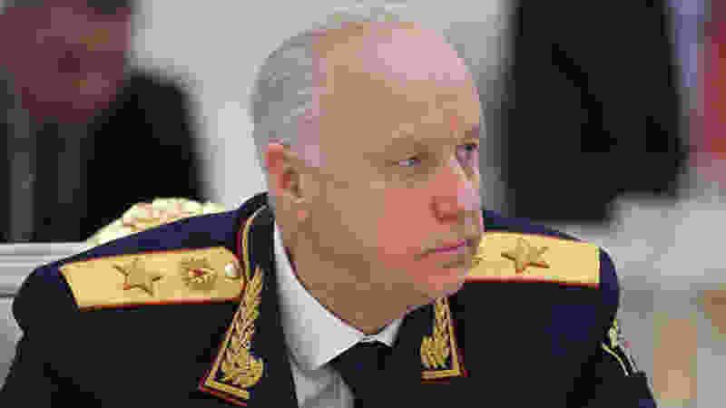 Глава СК РФ Александр Бастрыкин взял дело о ДТП с погибшей школьницей на контроль