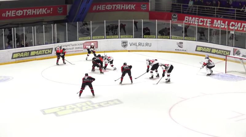 ХК «Тамбов» одержал первую победу в новом сезоне чемпионата ВХЛ
