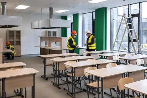 На строительство школ в российских регионах выделят больше 70 млрд рублей