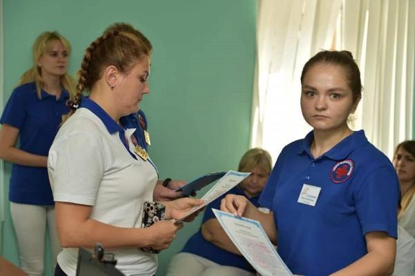 На Тамбовской станции скорой помощи в профессию посвятили 11 фельдшеров