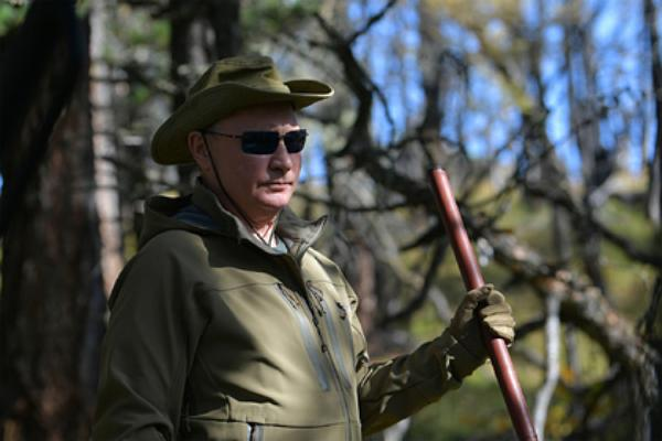 Путин ушел в тайгу с Шойгу