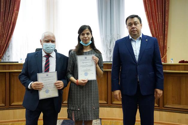 Ректор Державинского университета поздравил лауреатов стипендий 2021-2022 учебного года