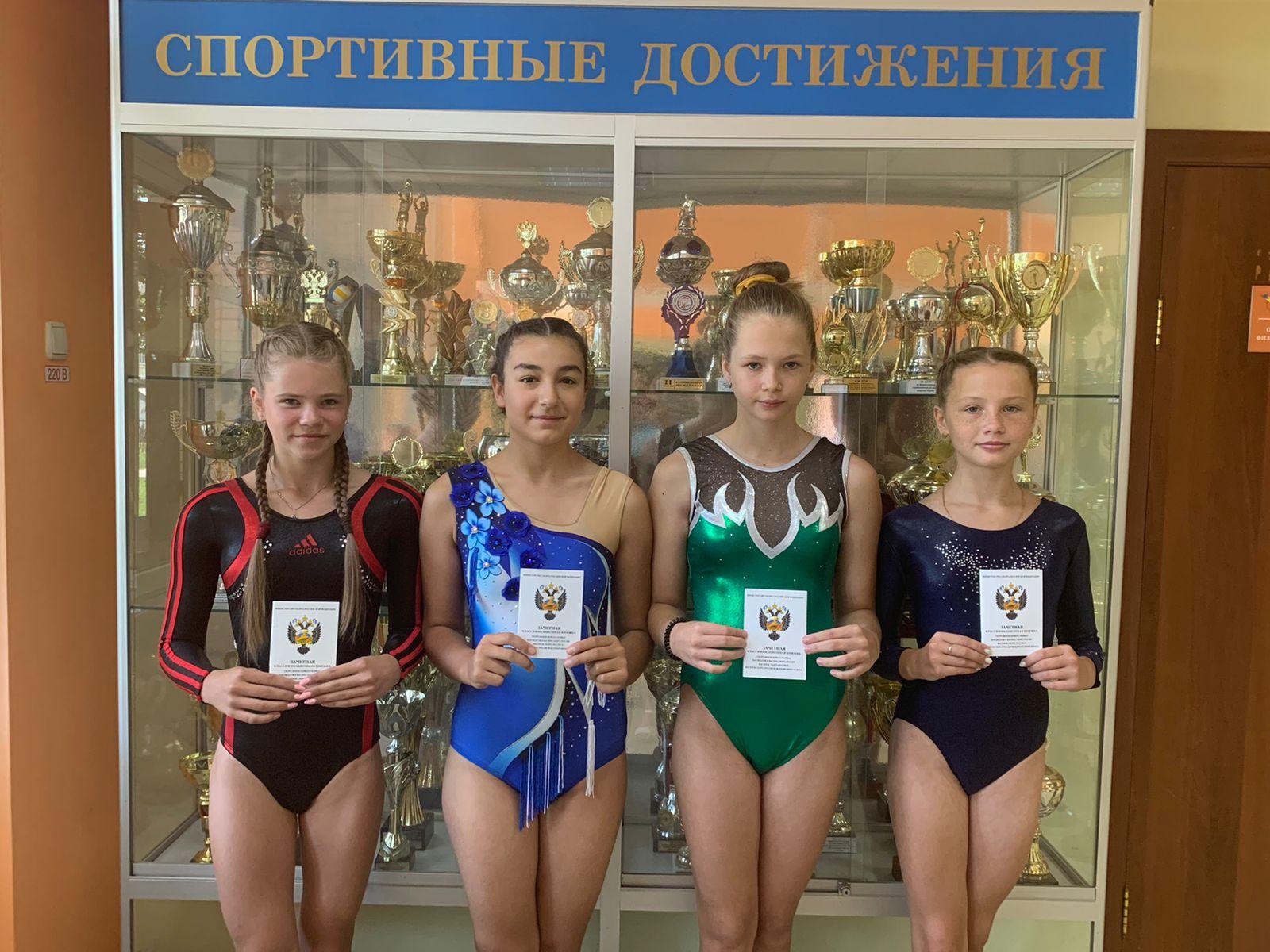 Сразу шесть юных тамбовских гимнасток стали кандидатами в мастера спорта