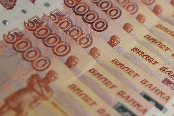 Стали известны профессии с зарплатой больше миллиона рублей в России