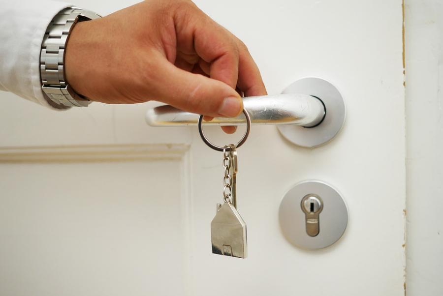 Тамбовчанин выплатил алименты на сына, чтобы продать квартиру