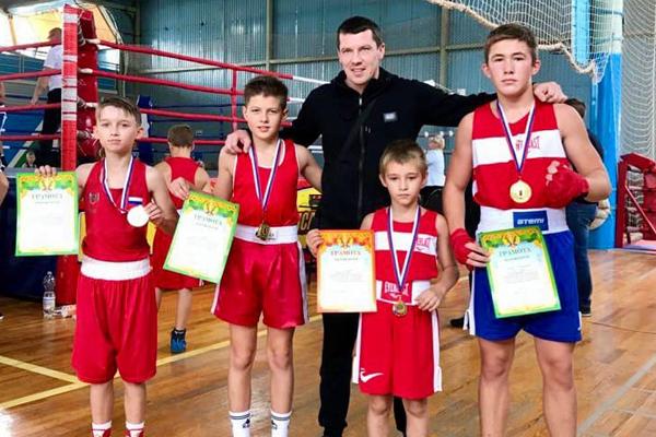Тамбовские боксёры выиграли турнир в Пензенской области