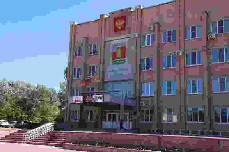 В Котовске никак не могут благоустроить двор за 1,5 миллиона рублей