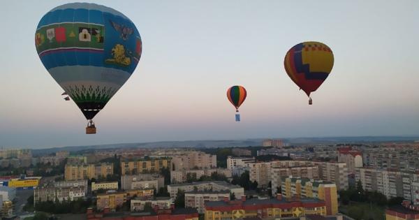 ВКурске прошёл третий фестиваль аэростатов «Курское небо»