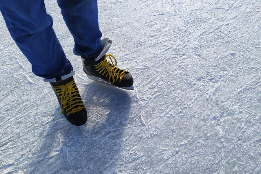 """В ЛДС """"Кристалл"""" открывается сезон массового катания на коньках"""