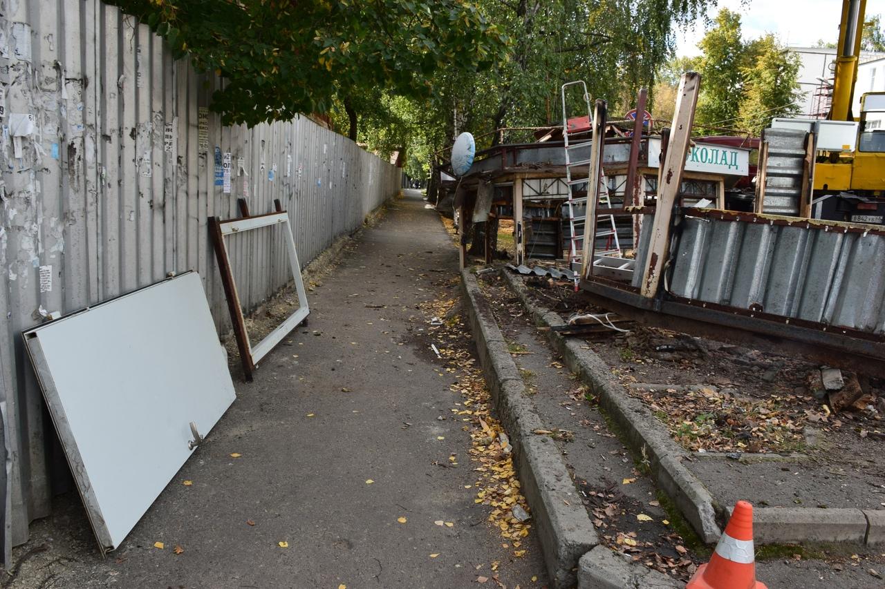 В Тамбове демонтировали ещё один незаконно установленный торговый павильон
