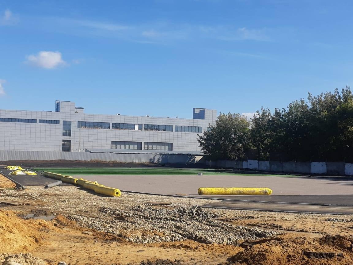 В Тамбове на территории строящегося ФОКа приступили к обустройству мини-футбольного поля