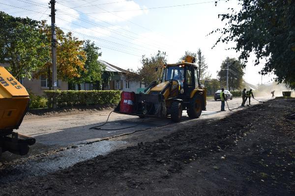 В Тамбове продолжается ремонт дороги по улице Сергеева-Ценского