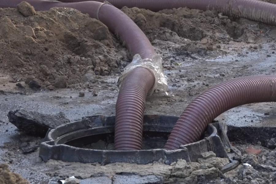 В Тамбове продолжаются аварийно-восстановительные работы на Гастелло