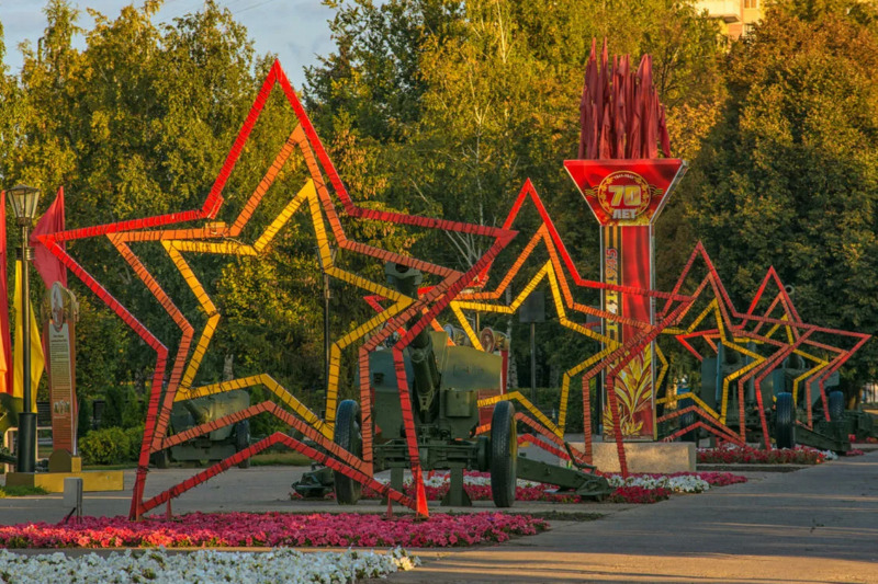 В тамбовском парке Победы станет вдвое больше фонарей