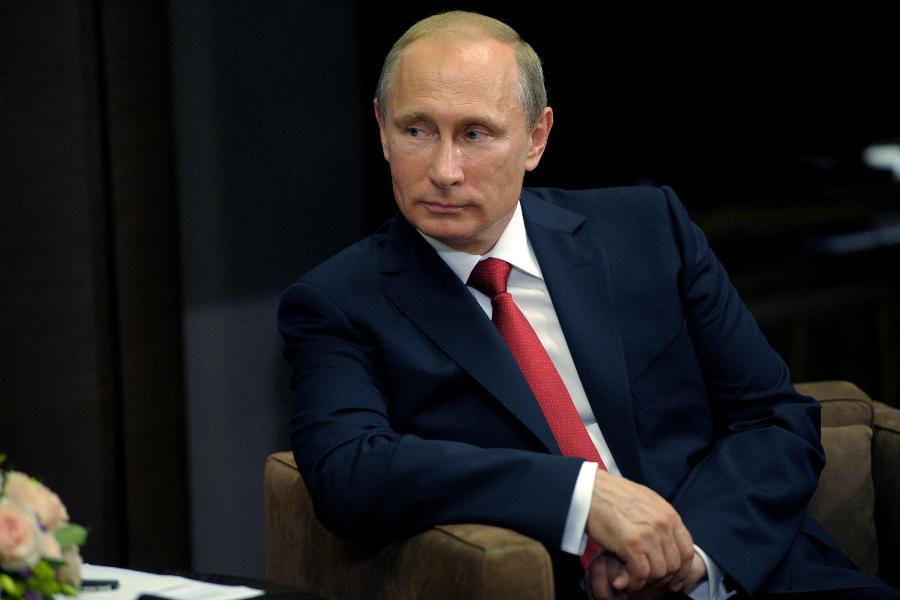 """Владимир Путин: Многие решения по развитию страны были инициированы """"Единой Россией"""""""