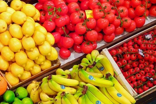 Во фруктах и помидорах из Турции обнаружили вирусы