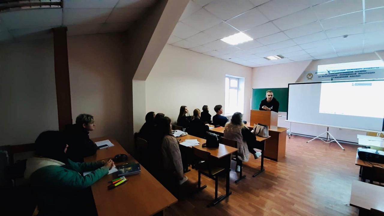 Выпускник Тамбовского филиала РАНХиГС провел встречу с первокурсниками