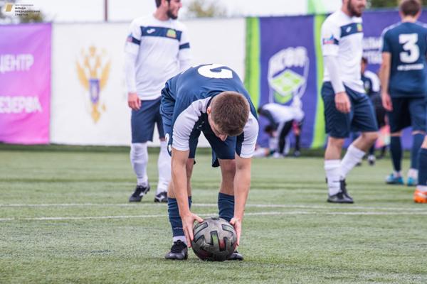 Футболисты Державинского университета выступают на турнире в Евпатории