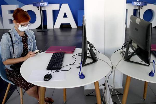 Максимальное пособие по безработице в России увеличат в 2022 году