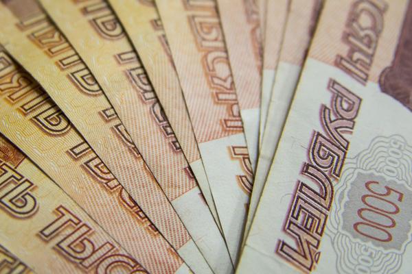 Тамбовчанин перевёл мошенникам 600 тысяч рублей