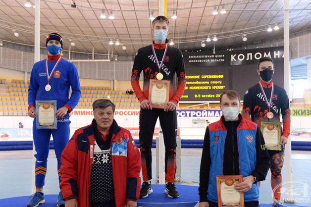 Тамбовчанин взял серебро и бронзу на Всероссийских соревнованиях по конькобежному спорту