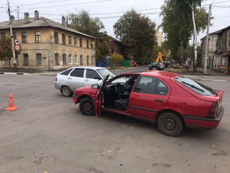 В аварии в центре Тамбова пострадали две женщины