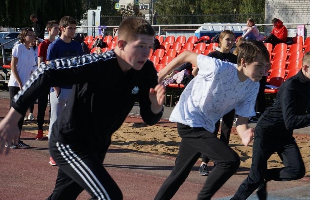 Выпускники школ сдают нормы ГТО