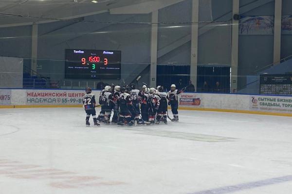 """Юные хоккеисты """"Тамбова"""" обыграли сверстников из Липецка"""